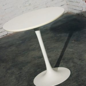 Mid Century Modern Saarinen Style Tall Tulip End Table