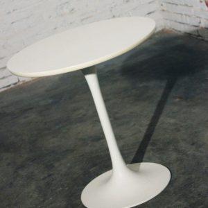 Mid Century Modern Saarinen Style Tall Tulip End Table
