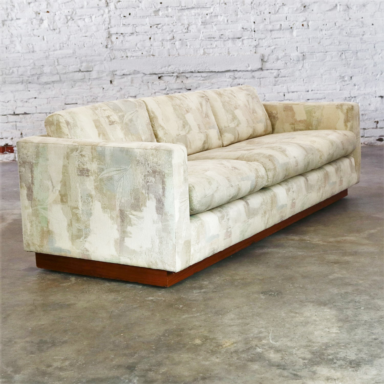 Exceptional Floating Tuxedo Style Sofa In The Manner Of Milo Baughman